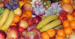 Obst mit dem Dampfentsafter entsaften